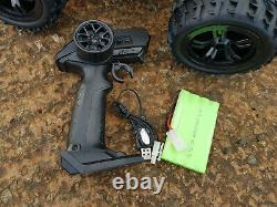 2.4GZ Giant Monster Truck Rechargeable Radio Remote Control Car 1/10 HIGH SPEED