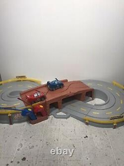 Fisher Price Radio Controlled Raceway Race Track 2 Remote Control Cars