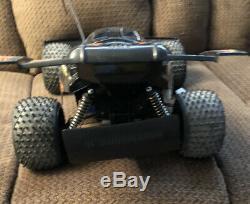 Radio Shack 4 WHEEL DRIVE TWIN MOTOR Desert Viper Remote Control RC Car & Extras